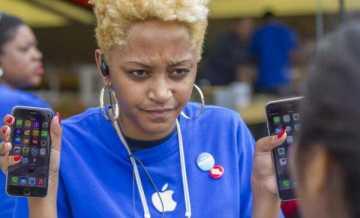 Какими приложениями пользуются сотрудники Apple Store?